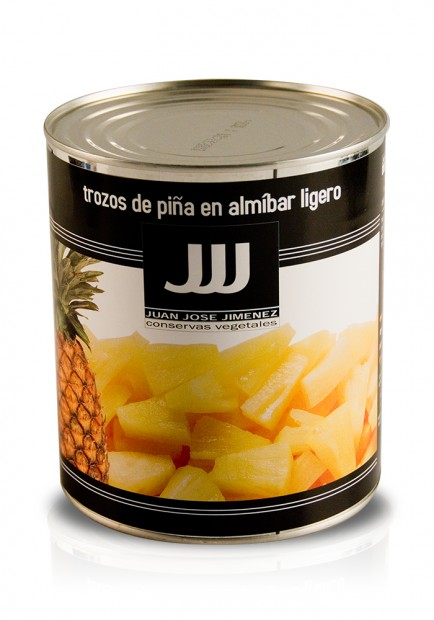 Sliced pineapple in light syrup 3KG